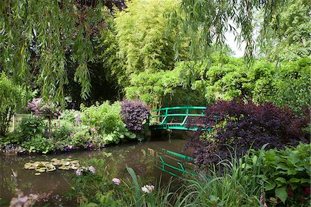 Claude Monet's Garden, the bridge over the lily pond, the inspiration for many of Monet's paintings, Giverny, Normandy, France, Europe Stock Photo - Rights-Managed, Code: 841-08357617