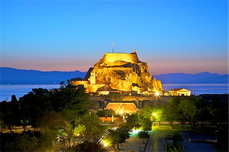 Elevated view of Old Fortress and Maitland Rotunda, Corfu Old Town, Corfu, The Ionian Islands, Greek Islands, Greece, Europe Stock Photo - Rights-Managed, Code: 841-08421153