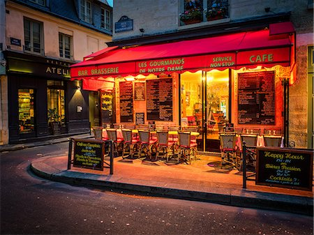 Parisian cafe, Paris, France, Europe Stock Photo - Rights-Managed, Code: 841-08568946