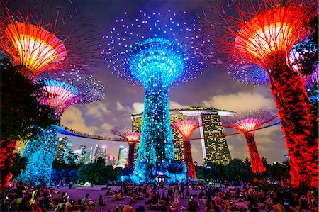 places - Supertree Grove in the Gardens by the Bay, a futuristic botanical gardens and park, illuminated at night, Marina Bay, Singapore, Southeast Asia, Asia Stock Photo - Rights-Managed, Code: 841-08729600