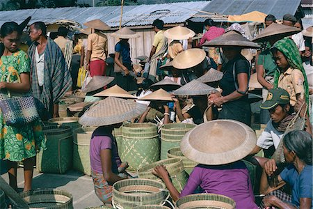 People at Toraja market, Rangepad, island of Sulawesi, Indonesia, Southeast Asia, Asia Stock Photo - Rights-Managed, Code: 841-02705050