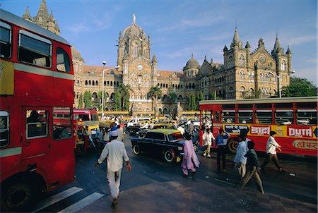 Traffic in front of the station, Victoria Railway Terminus, Mumbai (Bombay), Maharashtra State, India Stock Photo - Rights-Managed, Code: 841-02706248