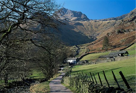 simsearch:845-03720933,k - View along road to farm, with Harrison Stickle towering above, Great Langdale, Lake District National Park, Cumbria, England, United Kingdom (U.K.), Europe Stock Photo - Rights-Managed, Code: 841-02708841