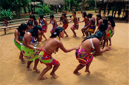panama traditional costume - Embera Indians dancing, Chagres National Park, Panama, Central America Stock Photo - Rights-Managed, Code: 841-02714406