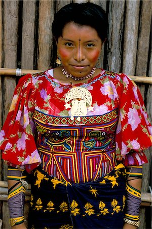 panama traditional costume - Portrait of a Cuna Indian woman, Rio Sidra, village of Namardua, San Blas archipelago, Panama, Central America Stock Photo - Rights-Managed, Code: 841-02714403