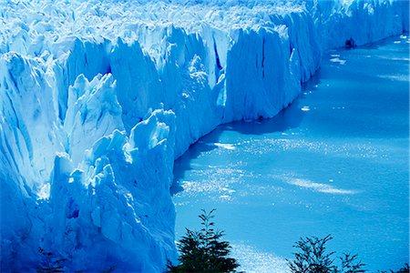 perito moreno glacier - Aerial view of icebergs at Moreno Glacier (Perito Moreno), Parque Nacional Los Glaciares, UNESCO World Heritage Site, Patagonia, Argentina, South America Stock Photo - Rights-Managed, Code: 841-02715099