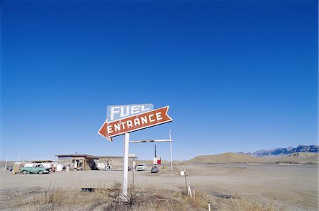 rural gas station - Fuel Entrance, United States of America Stock Photo - Rights-Managed, Code: 841-02715651