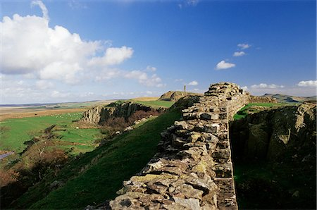 simsearch:845-03720933,k - Wallcrags, Roman wall, Hadrian's Wall, UNESCO World Heritage Site, Northumberland (Northumbria), England, United Kingdom, Europe Stock Photo - Rights-Managed, Code: 841-02717914