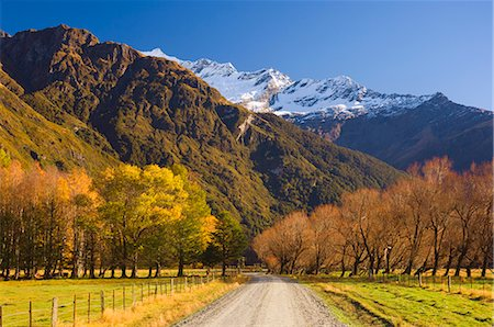 road landscape - Gravel road, Matukituki Valley, Central Otago, South Island, New Zealand, Pacific Stock Photo - Rights-Managed, Code: 841-02719209