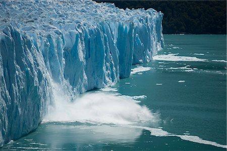 perito moreno glacier - Calving glacier, Perito Moreno Glacier, Los Glaciares National Park, UNESCO World Heritage Site, Santa Cruz, Argentina, South America Stock Photo - Rights-Managed, Code: 841-02719574