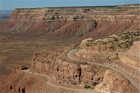 The Mokee Dugway road descends from Cedar Mesa, in the Valley of the Gods, Utah, United States of America, North America Stock Photo - Rights-Managed, Code: 841-02915642