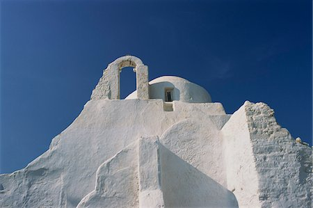 White walls of Paraportiani Church in Mykonos town, Cyclades Islands, Greek Islands, Greece, Europe Stock Photo - Rights-Managed, Code: 841-02921154