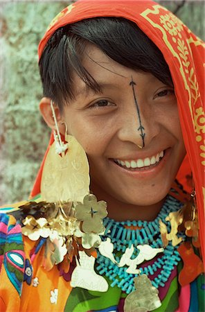 panama traditional costume - Cuna Indian, Panama, Central America Stock Photo - Rights-Managed, Code: 841-02944492