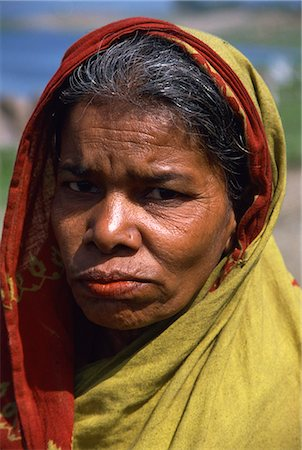dhaka - Portraits of a woman from a slum, Dhaka, Bangladesh, Asia Stock Photo - Rights-Managed, Code: 841-02947136