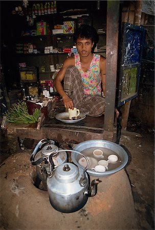dhaka - Man running a tea shop in Dhaka, Bangladesh, Asia Stock Photo - Rights-Managed, Code: 841-02947132