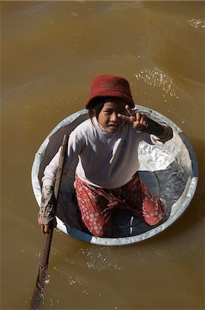 Tonle Sap Lake, Vietnamese Boat People, near Siem Reap, Cambodia, Indochina, Southeast Asia, Asia Stock Photo - Rights-Managed, Code: 841-02990587