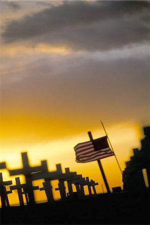 flag at half mast - Iraq Sunday Memorial,Santa Monica Beach,California,United States of America,North America Stock Photo - Rights-Managed, Code: 841-03034896