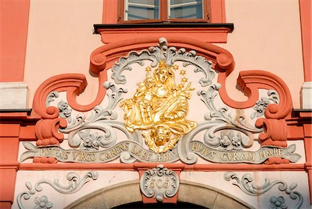 Detail of Baroque decoration on facade of building at Kral Jiri z Podebrad Square in town of Cheb, Karlovarsky Region, West Bohemia, Czech Republic, Europe Stock Photo - Rights-Managed, Code: 841-03056958