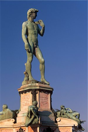 statue of david - Bronze replica of Michelangelo's David on Piazzale Michelangelo, Florence (Firenze), Tuscany, Italy, Europe Stock Photo - Rights-Managed, Code: 841-03064405