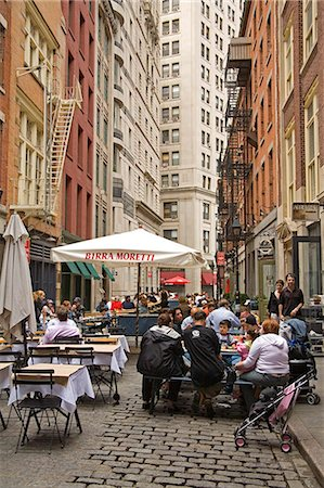 restaurant new york manhattan - Outdoor dining on Stone Street, Lower Manhattan, New York City, New York, United States of America, North America Stock Photo - Rights-Managed, Code: 841-03066370
