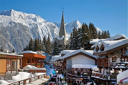 small town snow - Courchevel 1850 ski resort in the Three Valleys (Les Trois Vallees), Savoie, French Alps, France, Europe Stock Photo - Rights-Managed, Code: 841-03502591
