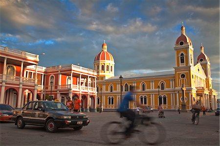 Cathedral de Granada, Park Colon (Park Central), Granada, Nicaragua, Central America Stock Photo - Rights-Managed, Code: 841-03517072