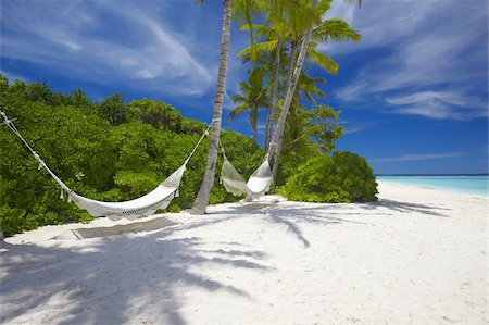 Hammock on empty tropical beach, Maldives, Indian Ocean, Asia Stock Photo - Rights-Managed, Code: 841-03675010