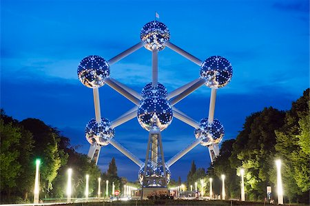 1958 World Fair, Atomium model of an iron molecule, illuminated at night, Brussels, Belgium, Europe Stock Photo - Rights-Managed, Code: 841-03673018