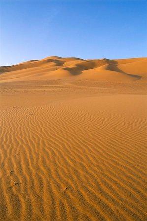 Sand dunes, Erg Murzuq, Sahara desert, Fezzan, Libya, North Africa, Africa Stock Photo - Rights-Managed, Code: 841-03673295