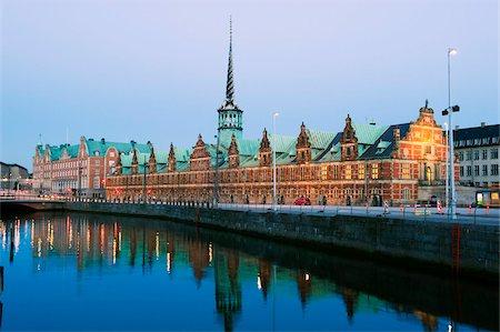stock exchange building - Borsen, former stock exchange built in 1619, Copenhagen, Denmark, Scandinavia, Europe Stock Photo - Rights-Managed, Code: 841-03868345