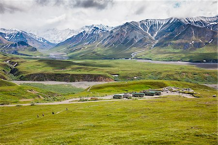 person walking on parking lot - View Of Eielson Visitor's Center From A Vantage Point Above On Mount Eielson Denali National Park; Alaska United States Of America Stock Photo - Rights-Managed, Code: 854-08028073