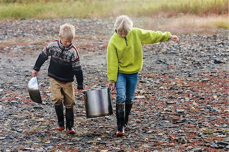 Brother And Sister Fetching Water Near Serpentine Hot Springs, Bering Land Bridge National Preserve (National Park), Northwest Alaska, Autumn Stock Photo - Rights-Managed, Code: 854-08028183