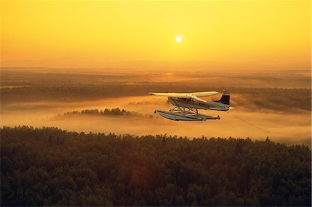 Floatplane Flying @ Sunset  Matanuska Valley SC AK Summer Stock Photo - Rights-Managed, Code: 854-02955655