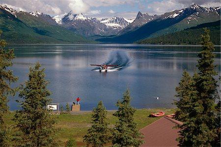 quest - Floatplane Landing Chelatna Lake / Lodge Interior AK Alaska Range Summer Stock Photo - Rights-Managed, Code: 854-02955652