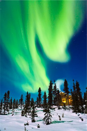 Aurora over cabin in the White Mountain recreation area during Winter in Interior Alaska Stock Photo - Rights-Managed, Code: 854-02956104