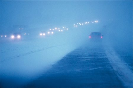 quest - Cars on highway / snowstorm/nview through windshield  AK Stock Photo - Rights-Managed, Code: 854-02956136