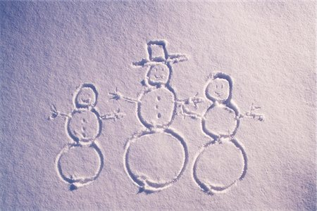pretty draw - Drawing of snowman family in blanket of fresh snow winter Alaska Stock Photo - Rights-Managed, Code: 854-02956133