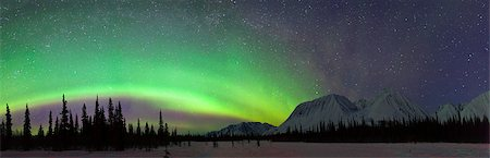 panoramic winter scene - View of Northern Lights over the foothills of the Alaska Range in Broad Pass, Southcentral Alaska, Winter Stock Photo - Rights-Managed, Code: 854-03739938