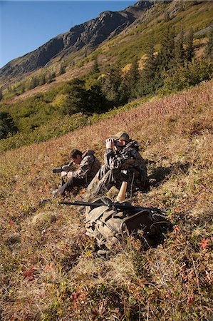 scope - Two male moose hunters scope and glass for game in the Bird Creek drainage area, Chugach Mountains, Chugach National Forest, Southcentral Alaska, Autumn Stock Photo - Rights-Managed, Code: 854-03845076