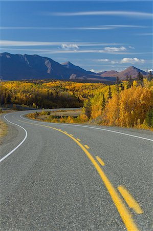 placing - Scenic view of the Alaska Highway between Haines, Alaska and Haines Junction, Yukon Territory, Canada, Autumn Stock Photo - Rights-Managed, Code: 854-03845168