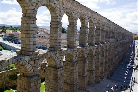 The Roman aqueduct and castle, Segovia, Castile-Leon, Spain, Europe Stock Photo - Rights-Managed, Code: 855-08420585