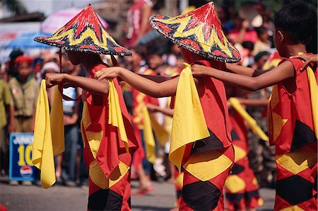 pictures philippine festivals philippines - Kadayawan Festival dancers Stock Photo - Rights-Managed, Code: 855-02987147