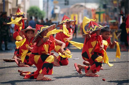 pictures philippine festivals philippines - Kadayawan Festival Dancers Stock Photo - Rights-Managed, Code: 855-02987189