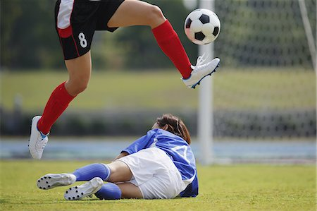 people falling - Women Playing Soccer Stock Photo - Rights-Managed, Code: 858-06617834
