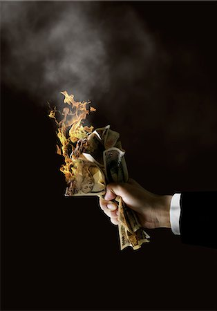 effect - Human Hand With Burning Bank Notes Stock Photo - Rights-Managed, Code: 859-06354580