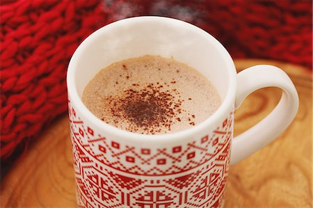 Hot cocoa and red scarf Stock Photo - Rights-Managed, Code: 859-06538192