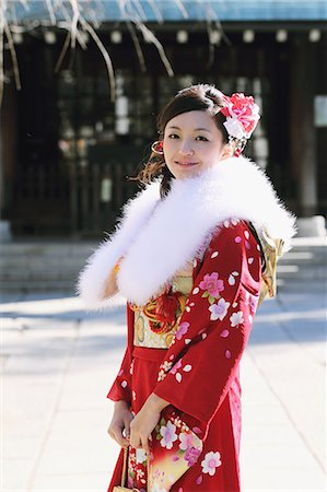 fur - Girl In Kimono Posing Stock Photo - Rights-Managed, Code: 859-06617602