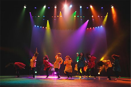 entertainment - Group of dancers performing Stock Photo - Rights-Managed, Code: 859-06711144