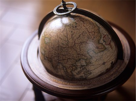 Old Globe Stock Photo - Rights-Managed, Code: 859-07150167
