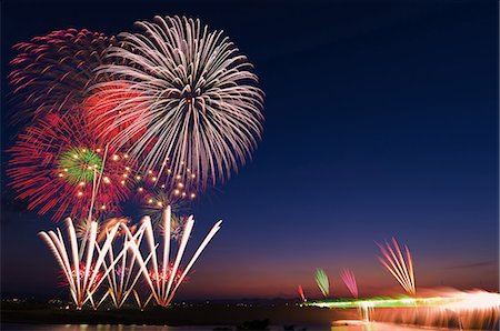 fireworks - Niigata Prefecture, Japan Stock Photo - Rights-Managed, Code: 859-08082627